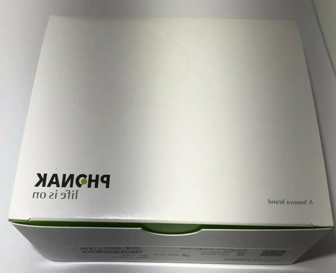 Phonak Mini Charger NEW/NEVER OPENED for rechargeable Hearing